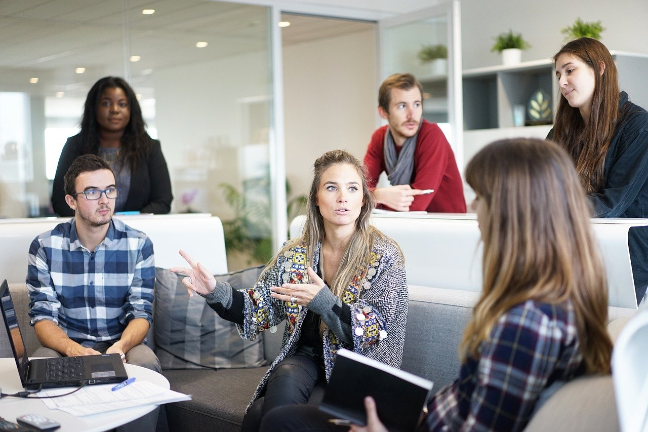 Management Emosi Di Lingkungan Kerja